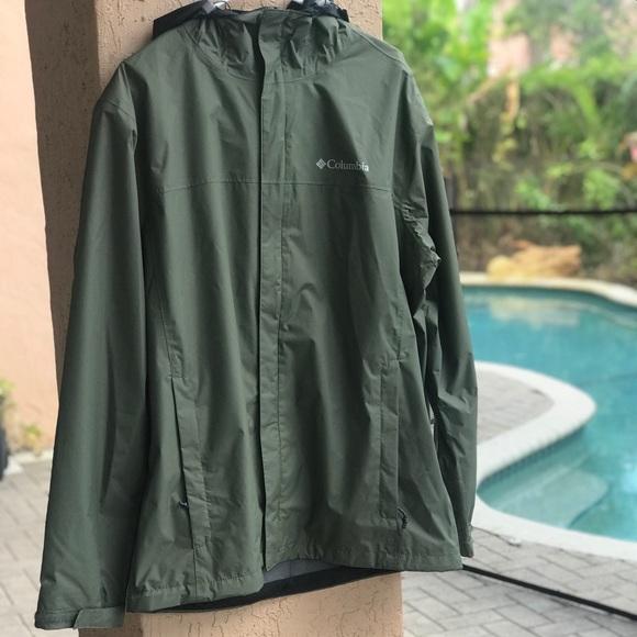 New $85 Columbia mens waterproof Timber Pointe hooded rain jacket coat Black
